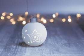 Beleuchtete Sternkugel. Lichterzeit