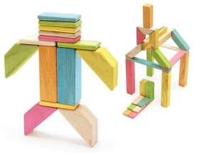 Magnetische Holzbausteine. Ab 1 Jahr