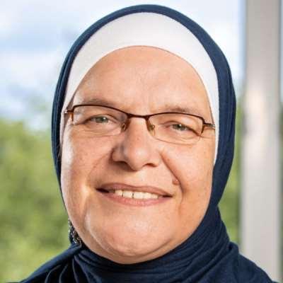 Akeela, Amna Janne