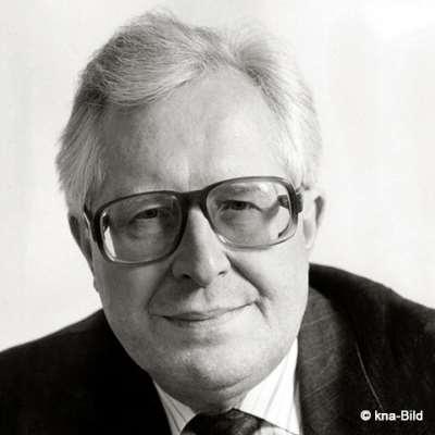 Vogel, Bernhard