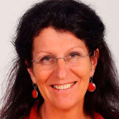 Kobelt Neuhaus, Daniela