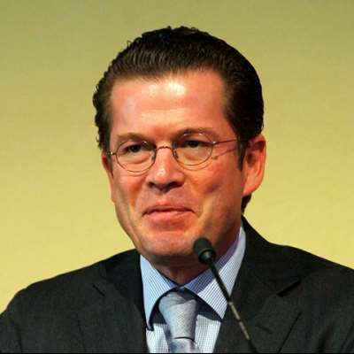Guttenberg, Karl-Theodor zu