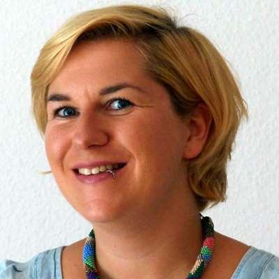 Reuster, Katharina